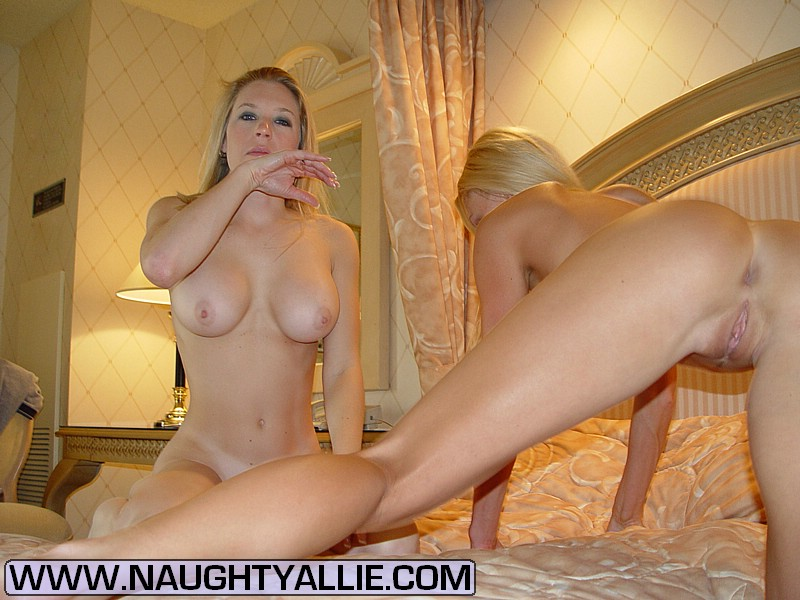 Cum swapping with two hot blondes 5